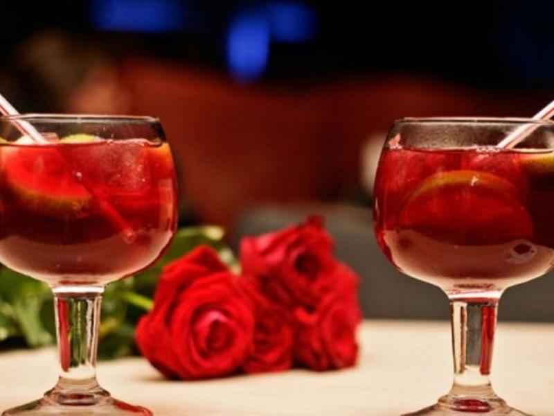 Алкогольный коктейль \»Медовый год\»