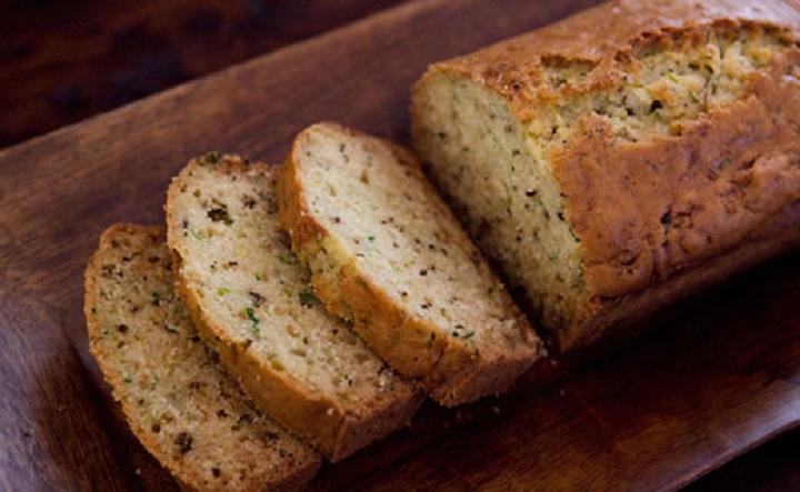 Хлеб с цуккини и розмарином