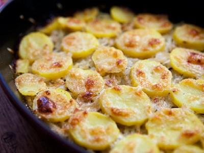 Луково-картофельная запеканка