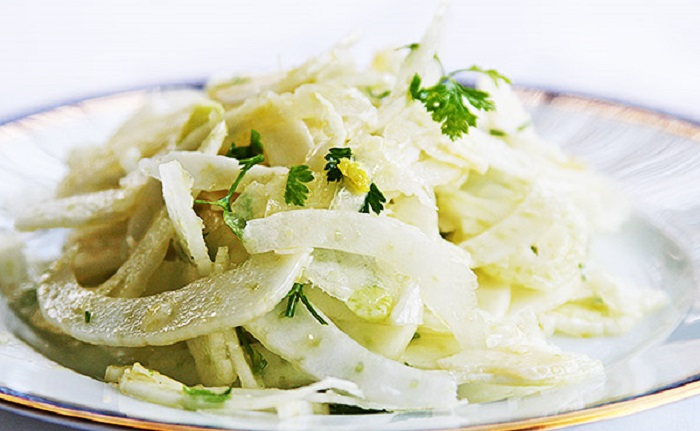 Салат из фенхеля с сыром