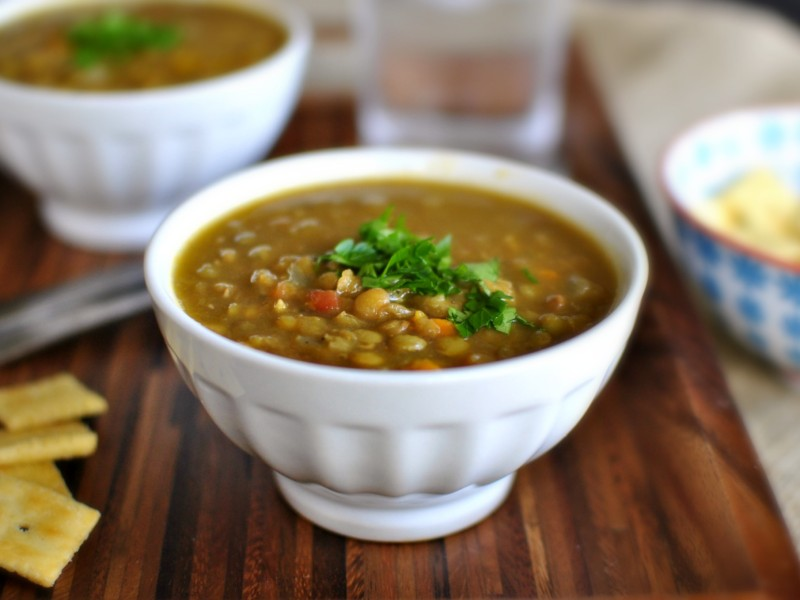 Сливочный суп с чечевицей и сливками