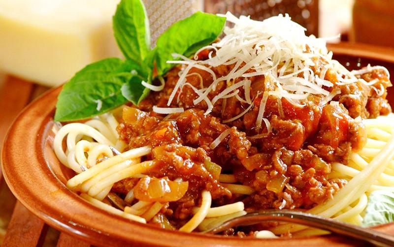 Спагетти болоньезе (детский вариант)